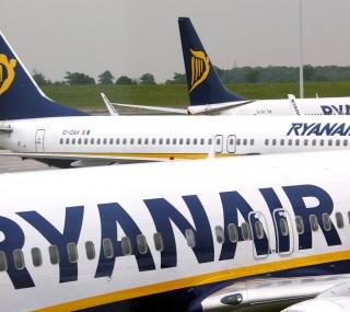 Zaragoza estrena dos nuevas líneas de Ryanair, una de ellas internacional.